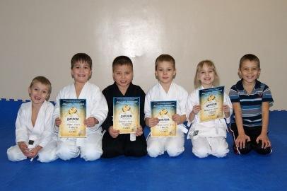 Соревнования по сумо и троеборью